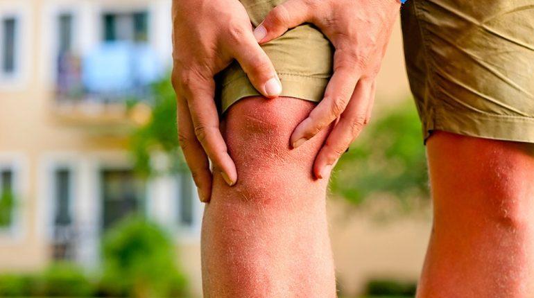симптомы липоартрита коленного сустава на фото