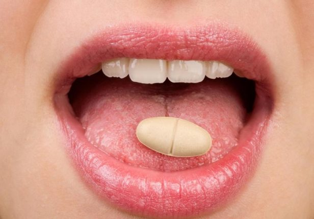 белые гнойники в горле могут быть при разных заболеваниях